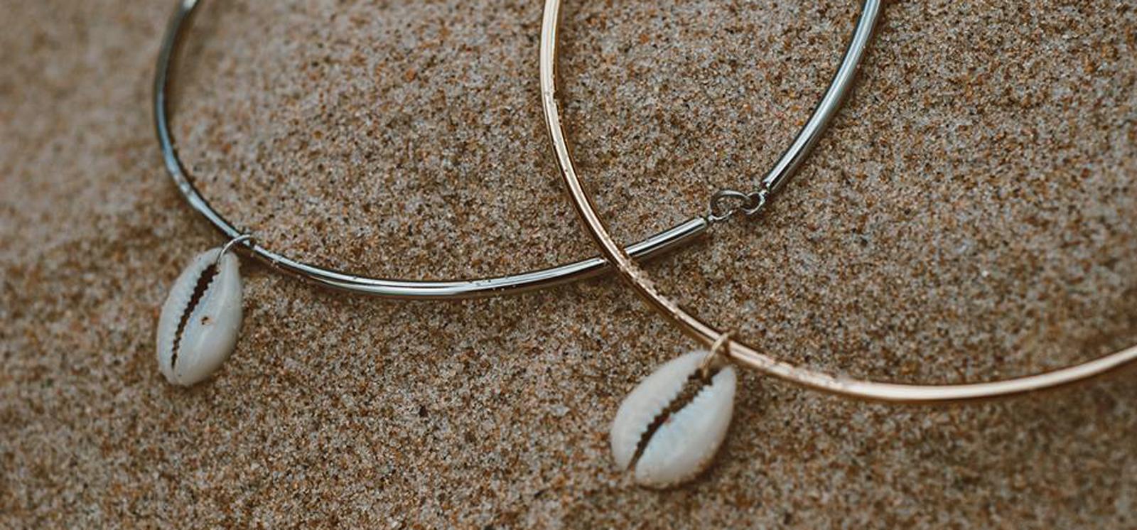 5694103bdcde Joias e bijuterias com tema do mar